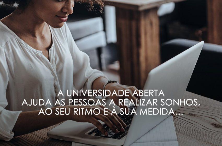 Universidade Aberta: Madeira, Praia da Vitória, Reguengos de Monsaraz e Silves preparam Encontro Online sobre Ensino a Distância