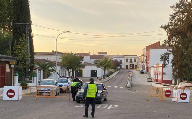Perímetro urbano de Villa Nueva Del Fresno foi encerrado devido à Covid-19