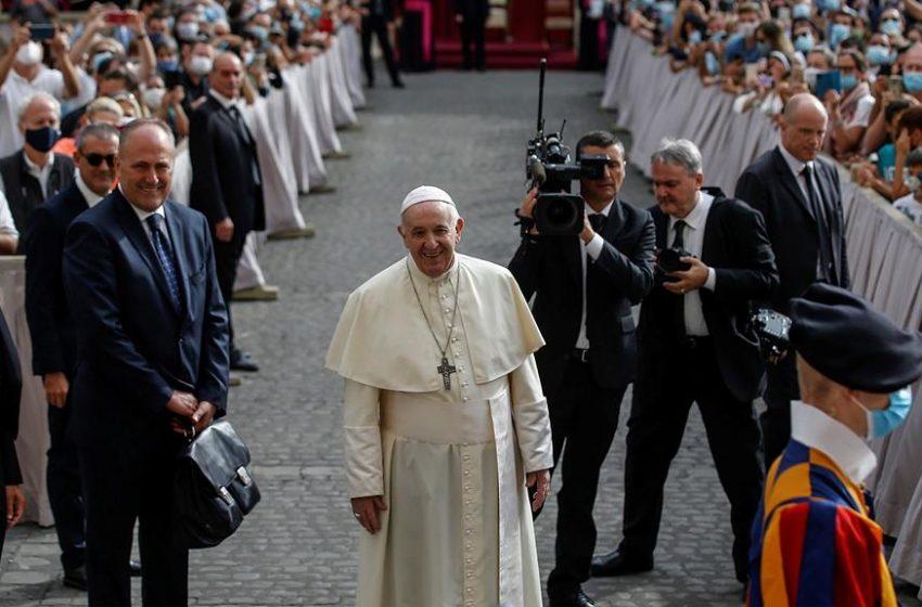 Oração pela Paz: Papa Francisco participa em encontro de oração inter-religioso