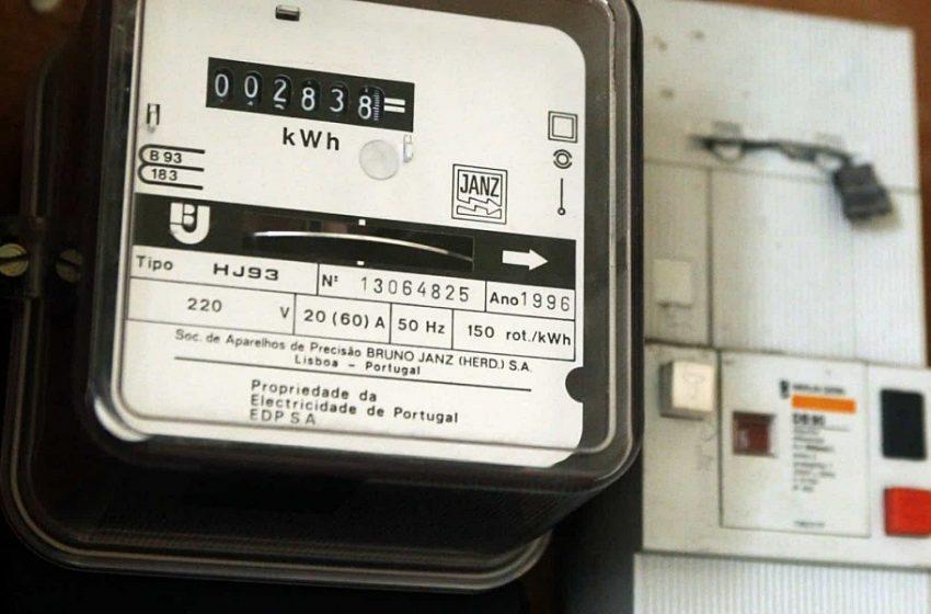 Eletricidade vai ficar mais barata a partir de amanhã