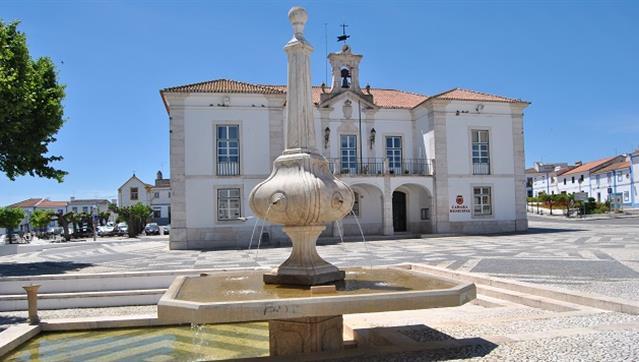 Município de Redondo oferece cabazes de Natal aos reformados e pensionistas