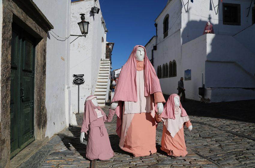 Monsaraz Vila presépio é motivo de reportagem