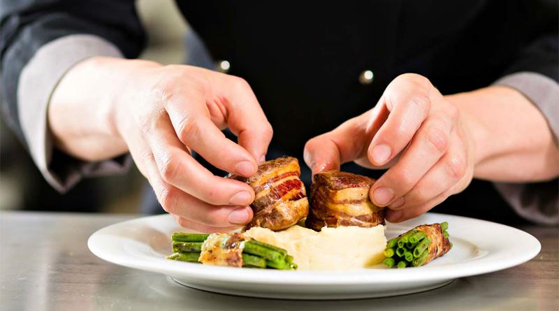 Restaurantes vão ser compensados pelo encerramento obrigatório nos dias de Ano Novo