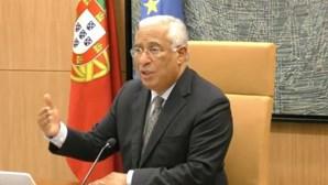 Após a reunião com o infarmed António Costa anuncia confinamento geral