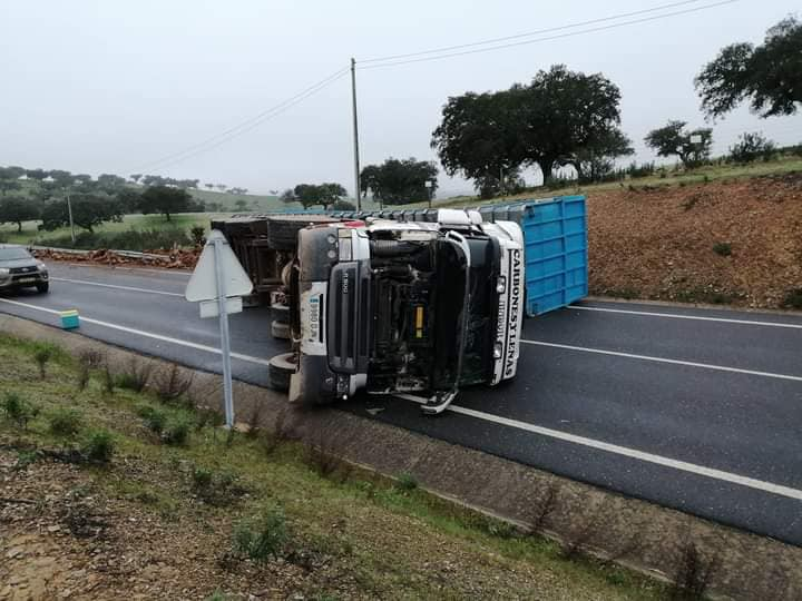Acidente: Estrada Reguengos – Amieira já está aberta ao trânsito