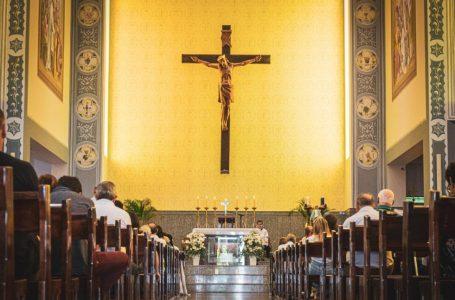 Conferência Episcopal decide suspensão do serviço religiosos da Igreja Católica